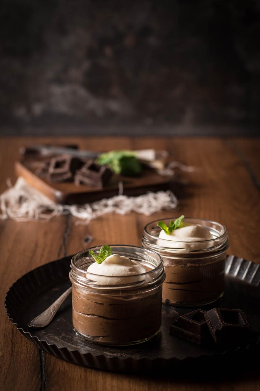 mousse au chocolat schokoladenmousse kleines kulinarium. Black Bedroom Furniture Sets. Home Design Ideas