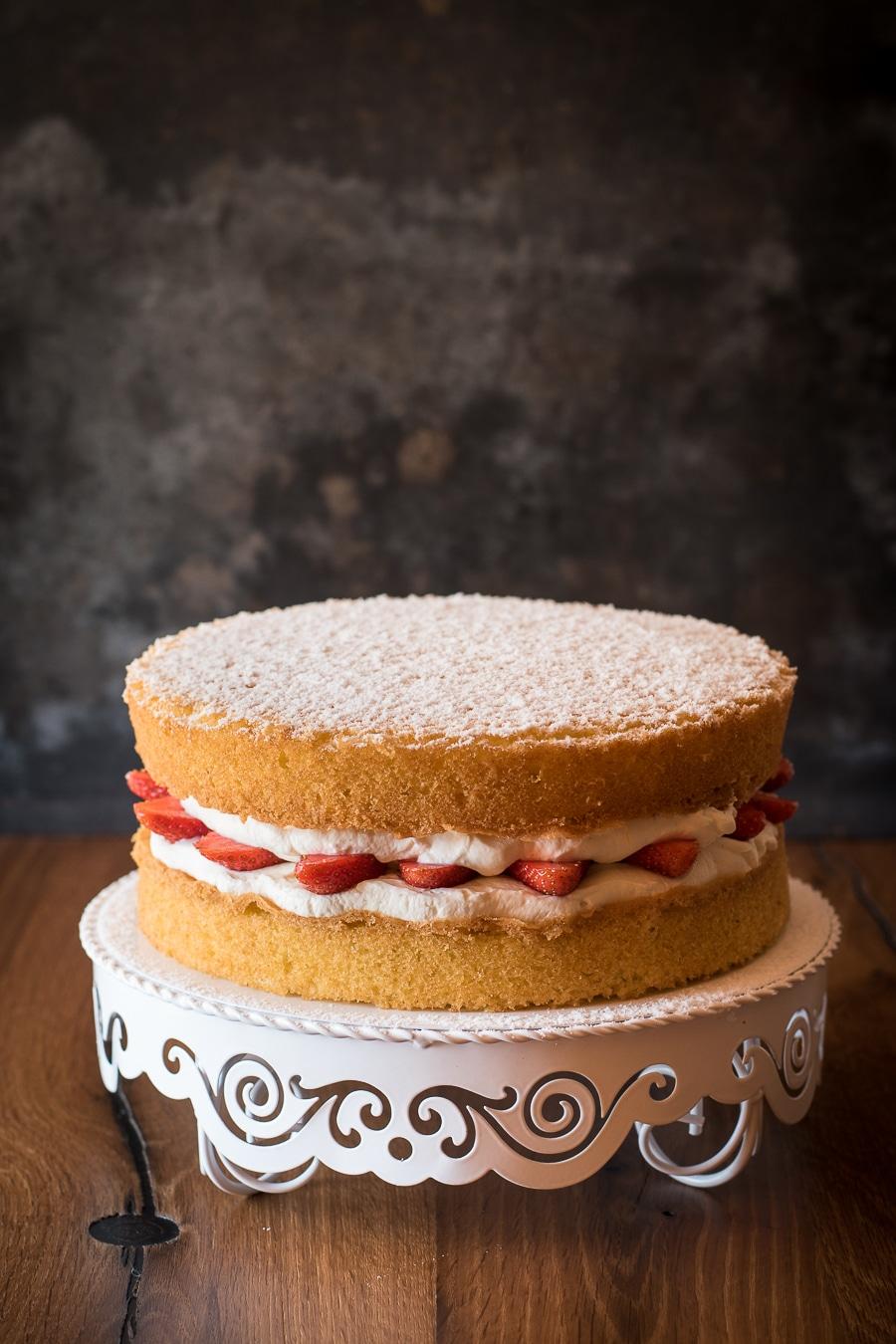 Victoria Sponge Cake Schnelle Erdbeer Sahne Torte