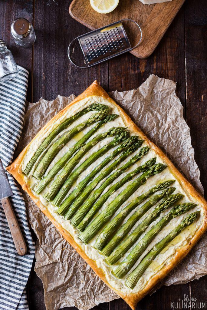 Schnelle Spargeltarte mit Blätterteig und Ricotta - Kleines Kulinarium