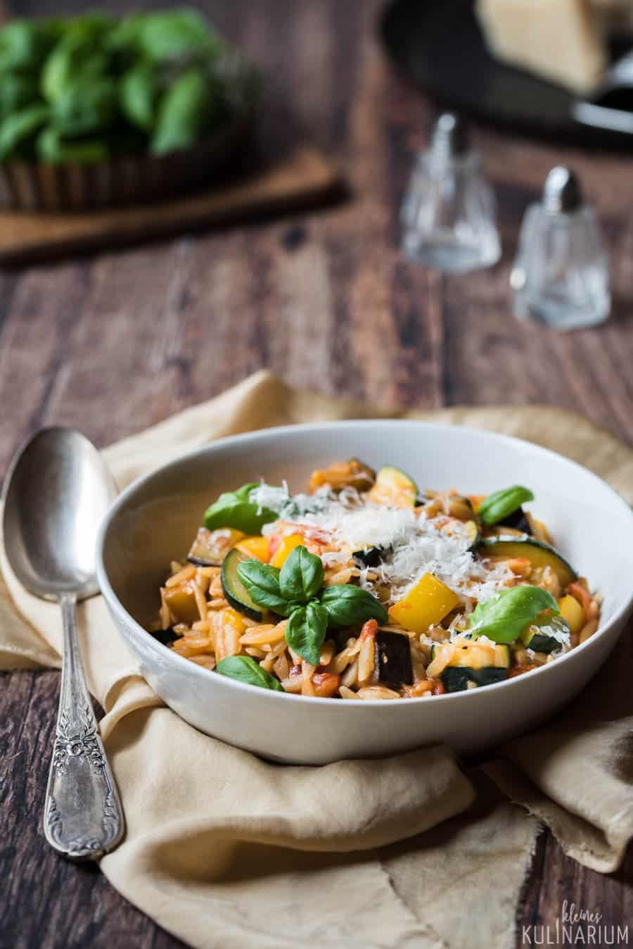 Pastasotto mit mediterranem Gemüse - Kleines Kulinarium