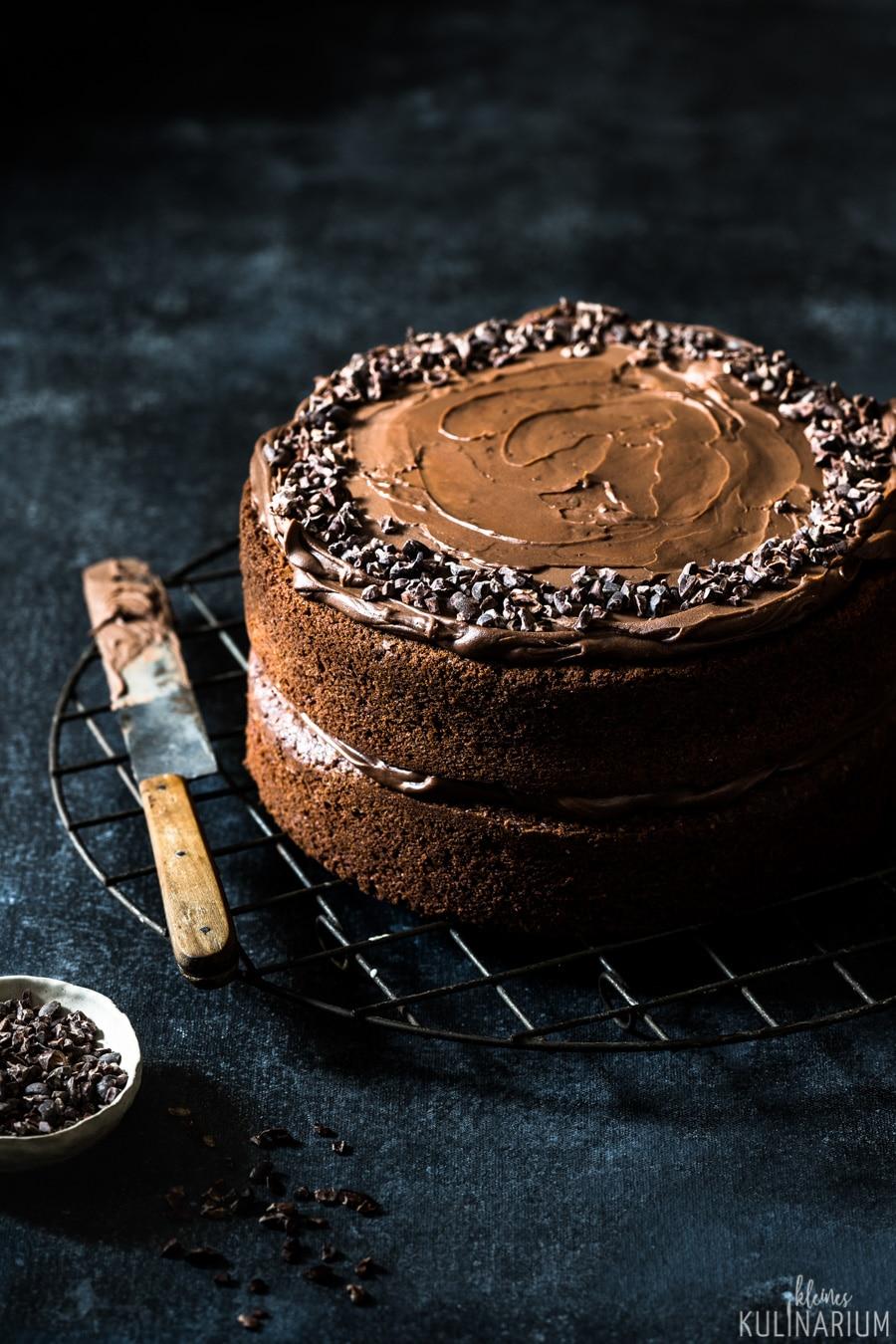 Schokoladen Naked Cake schnelle Schokoladentorte - Kleines Kulinarium