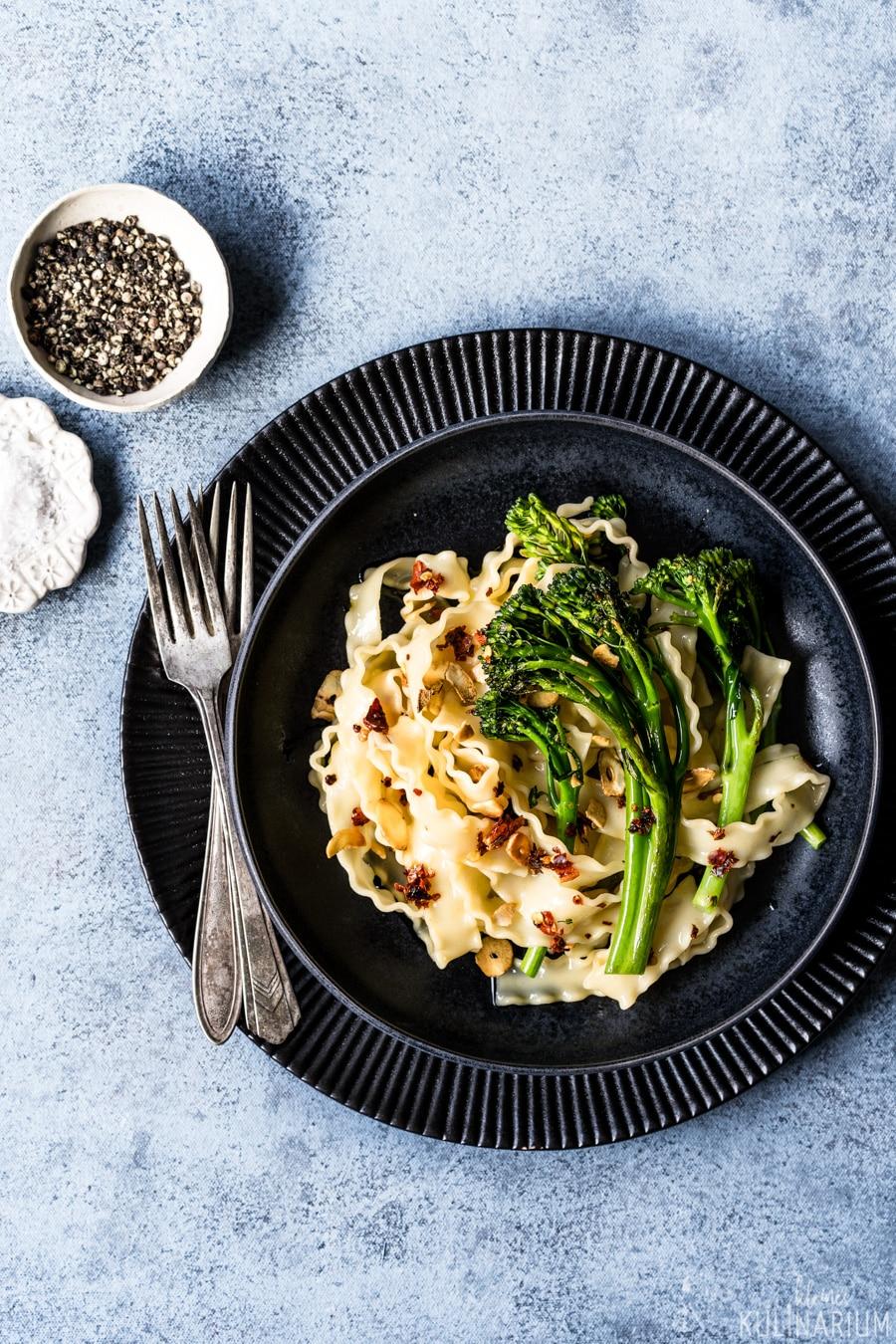 Pasta aglio, olio e peperoncino mit Bimi® - Kleines Kulinarium