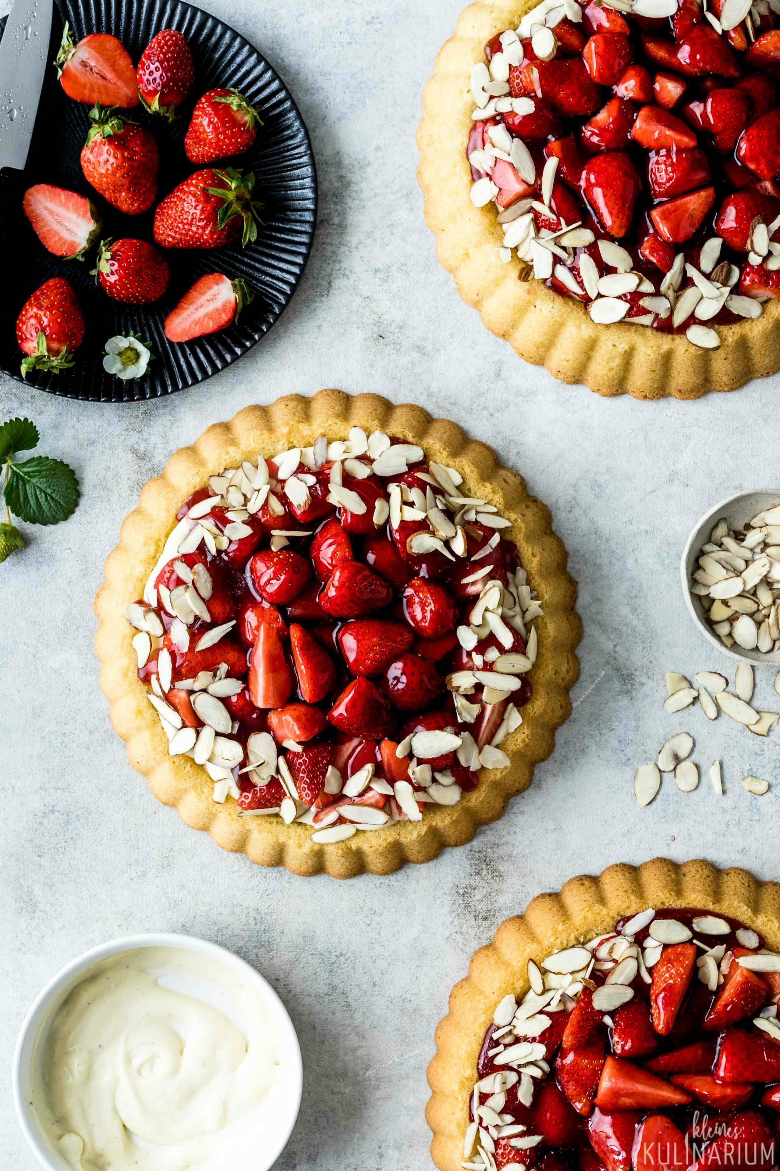 Klassischer Erdbeerkuchen Mit Puddingcreme Kleines Kulinarium